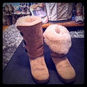 Good used pair of UGG